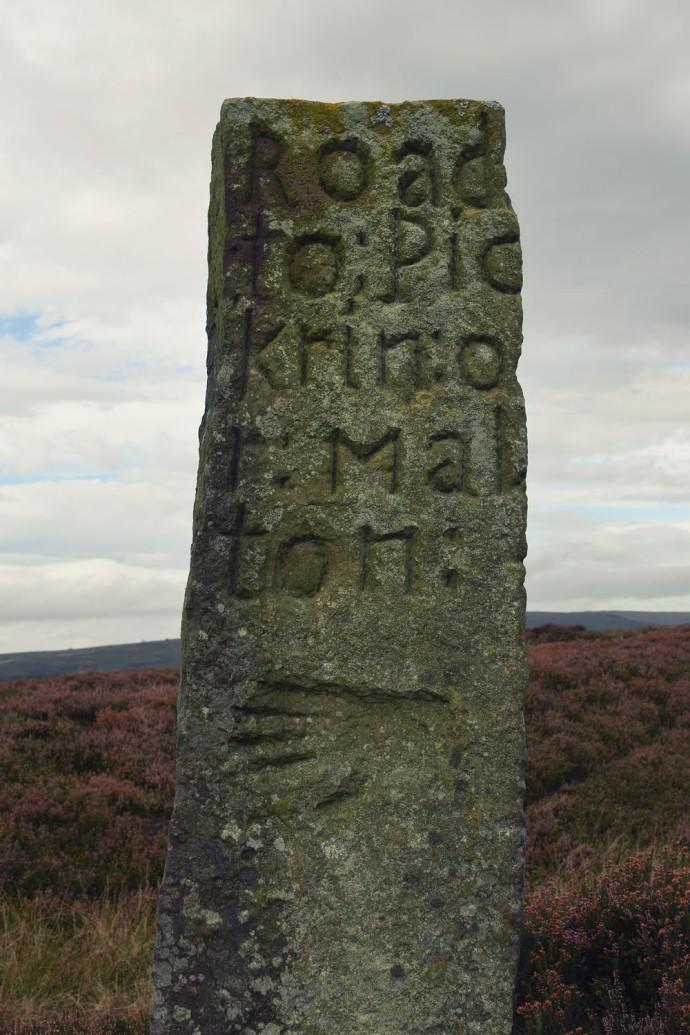 hand-stone