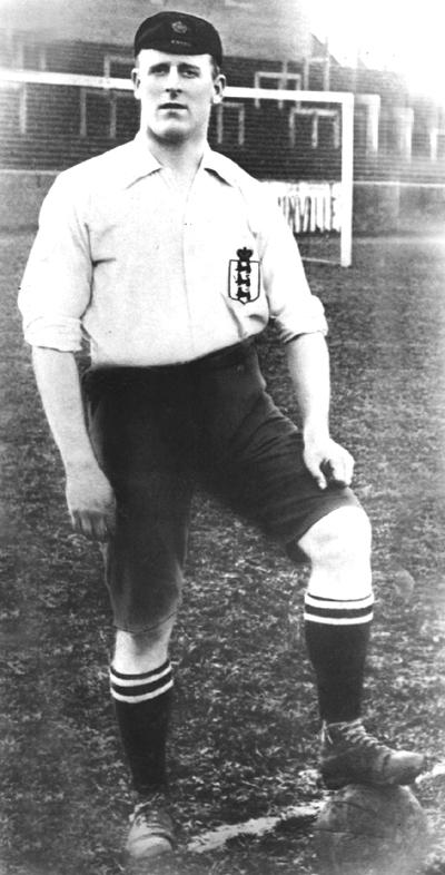 alf_common_the_worlds_first_1000_footballer