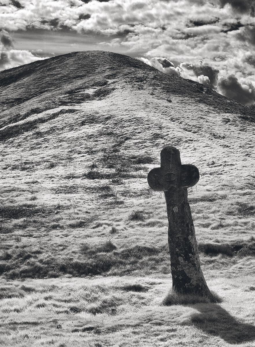 Malo Cross